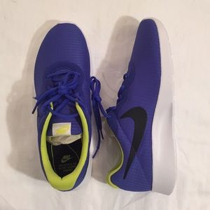 Nike Lightweight Running Shoes NWT - Blue: Size 10